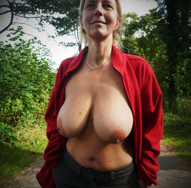 Des gros seins lourds