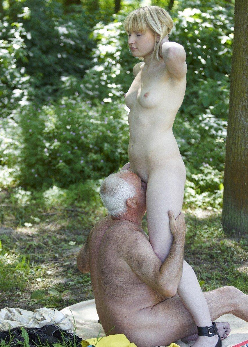 Rencontre et plan cul avec une jeune femme et son sugar daddy