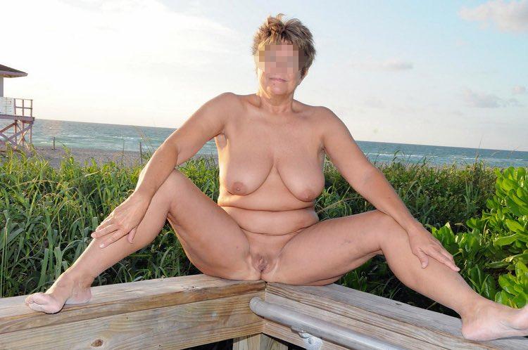 Blonde Orgasme