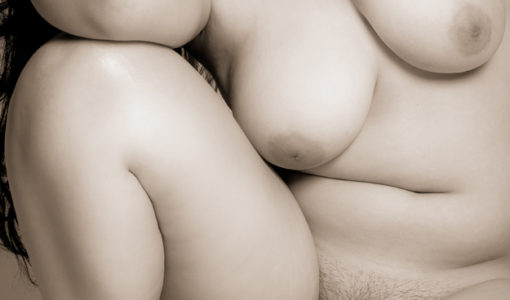 Ronde et belle toute nue